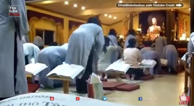 Umat Islam menghina dan memaki agama lain